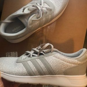 Adidas Sneakers LIKE NEW